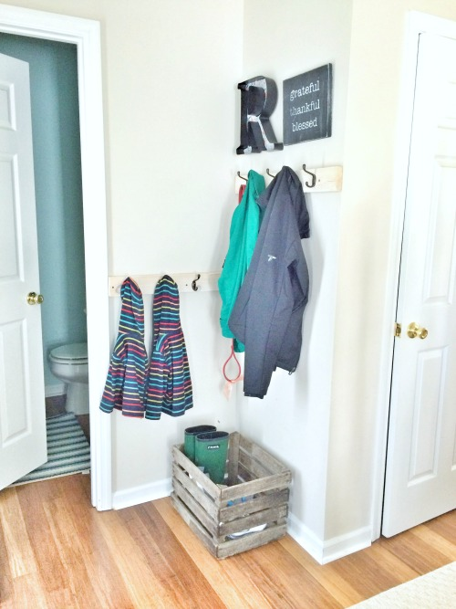 Budget Entryway Makeover