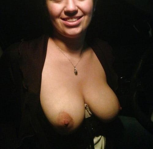 Beurette seule aime le sexe en plein air pr plan cul