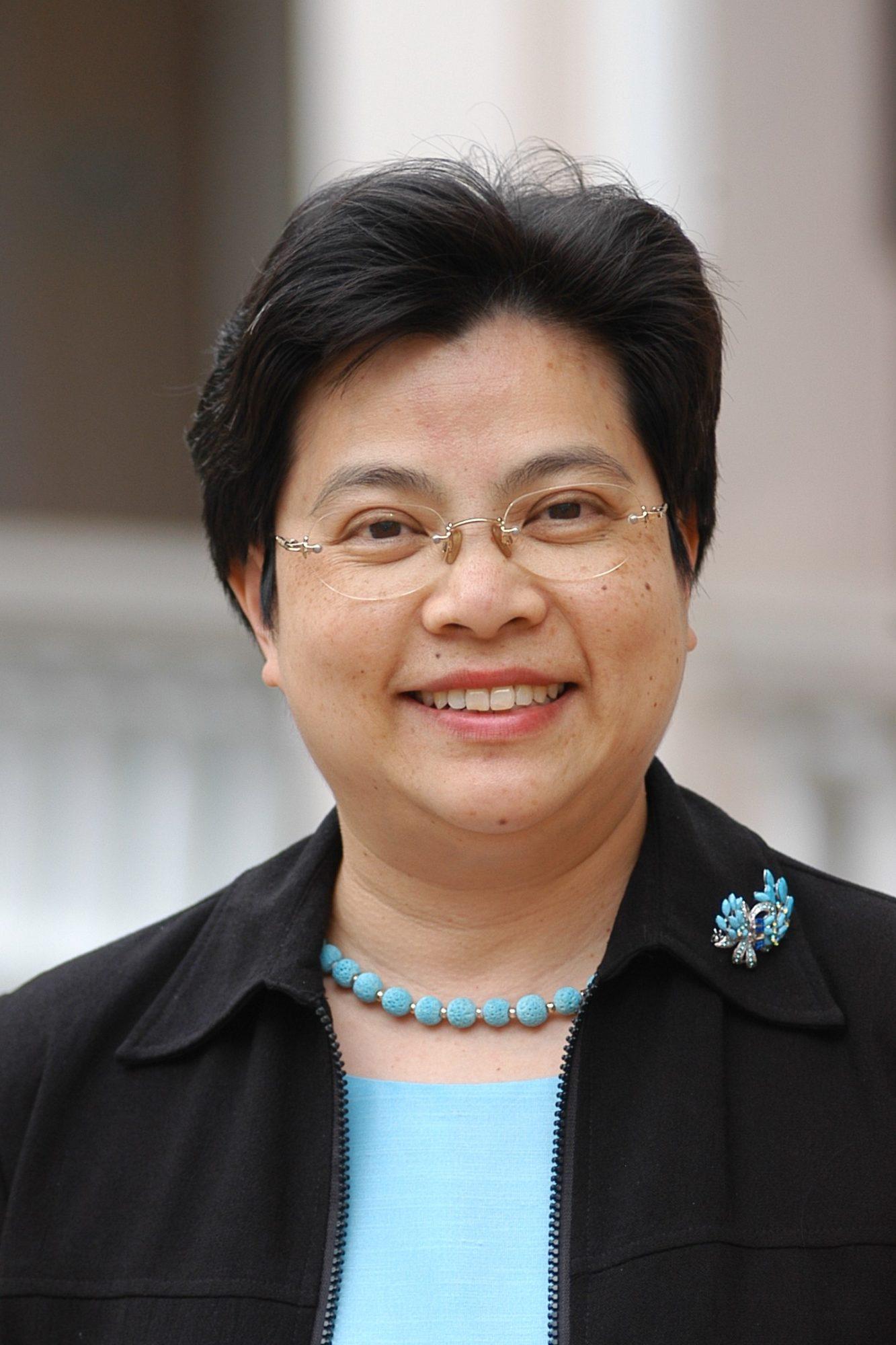 國際培幼會 » Dr TSANG Sandra K M skyblue