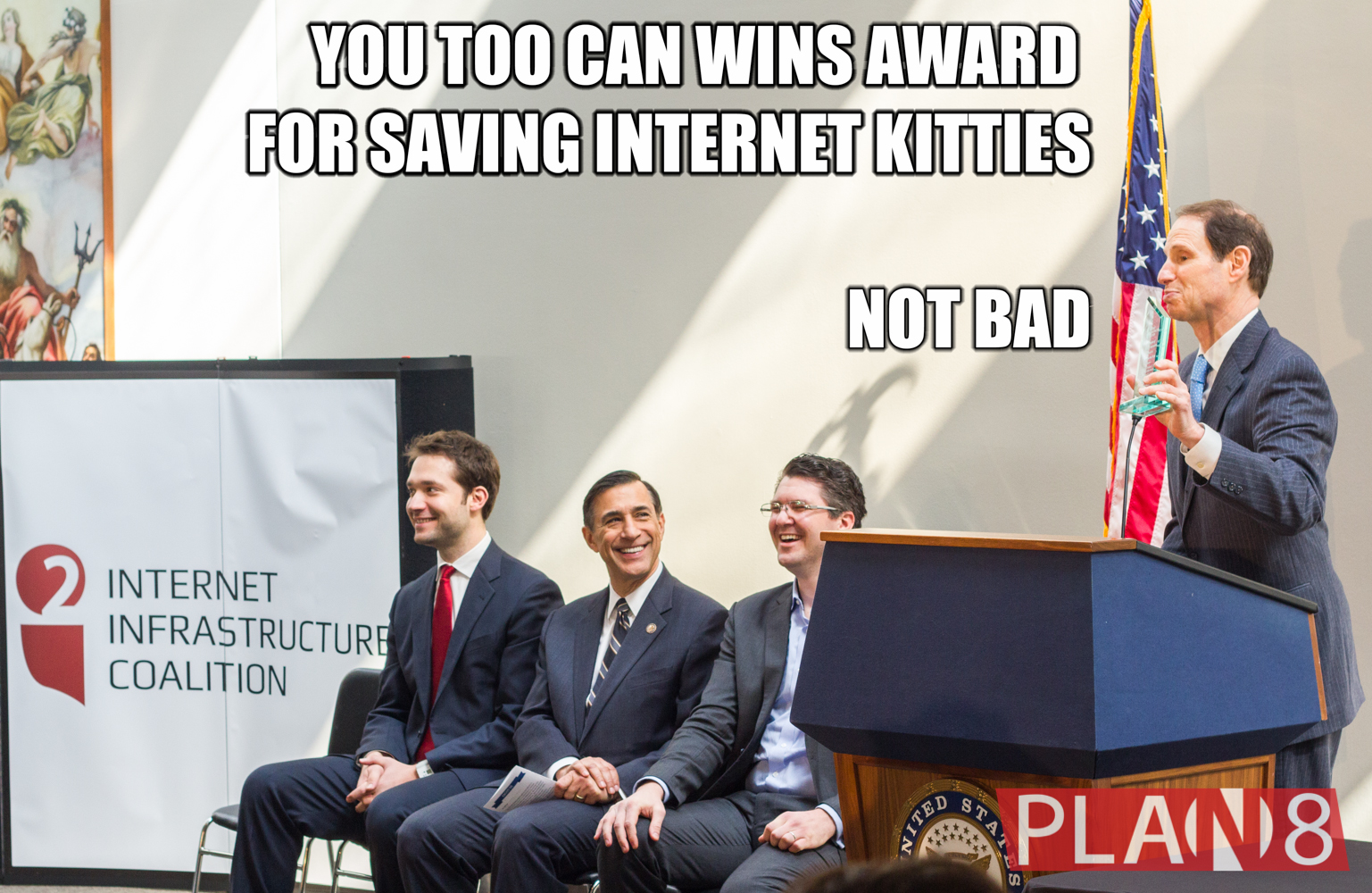 """""""You Too Can Wins Awarf for Saving Internet Kitties, Not Bad"""" With Alexis Ohanian, Rep Darrell Issa, Christian Dawson, and Senator Ron Wyden"""