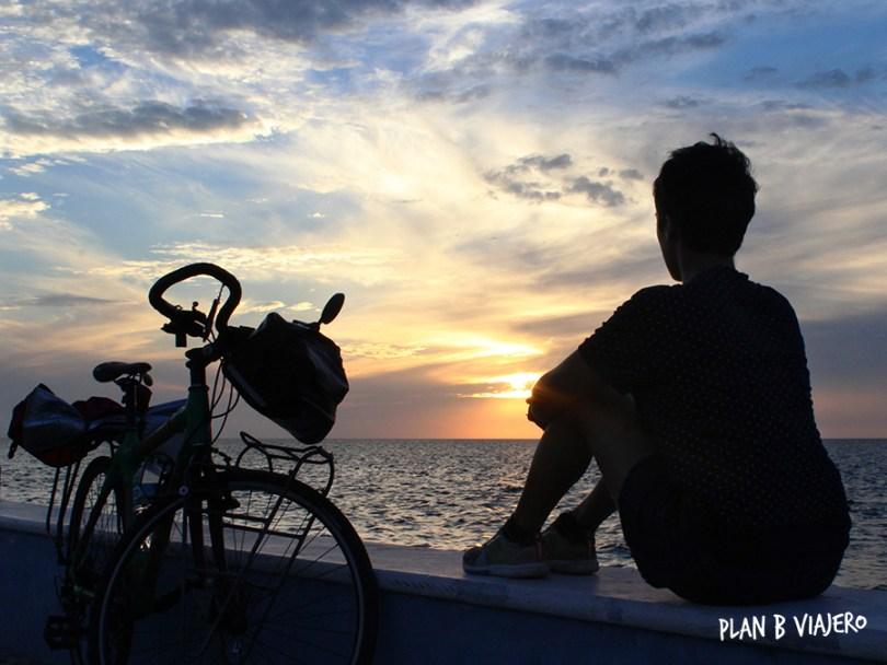 plan b viajero, Península de Yucatán en bici , francisco de campeche atardecer