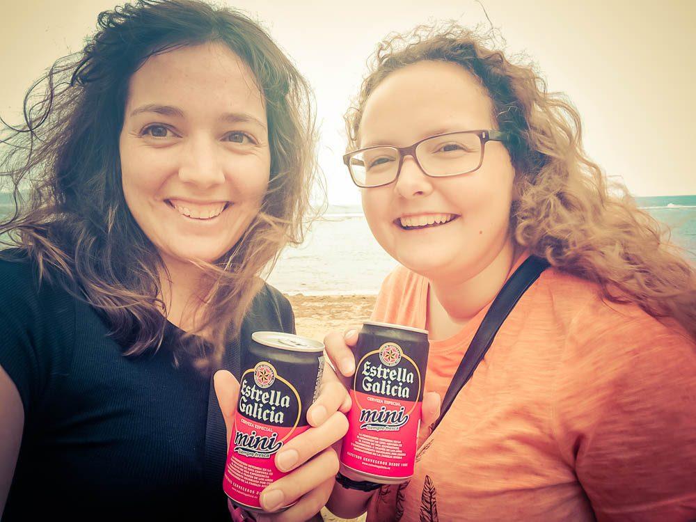 Mit mMit meiner Schwester und meinem spanischen lieblings Bier
