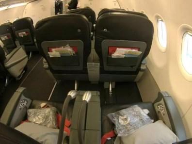 Ze tří klasických sedaček udělají v businessu na letu z Prahy do Istanbulu jen dvě sedačky
