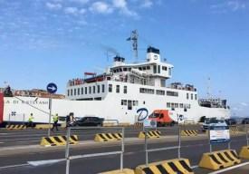 Trajekt Sardinie mezi Palau a La Maddalena