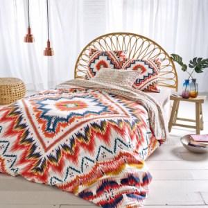 decorar una cama étnica