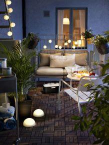 decorar un balcón con luces