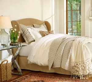 decorar una cama para darle volumen