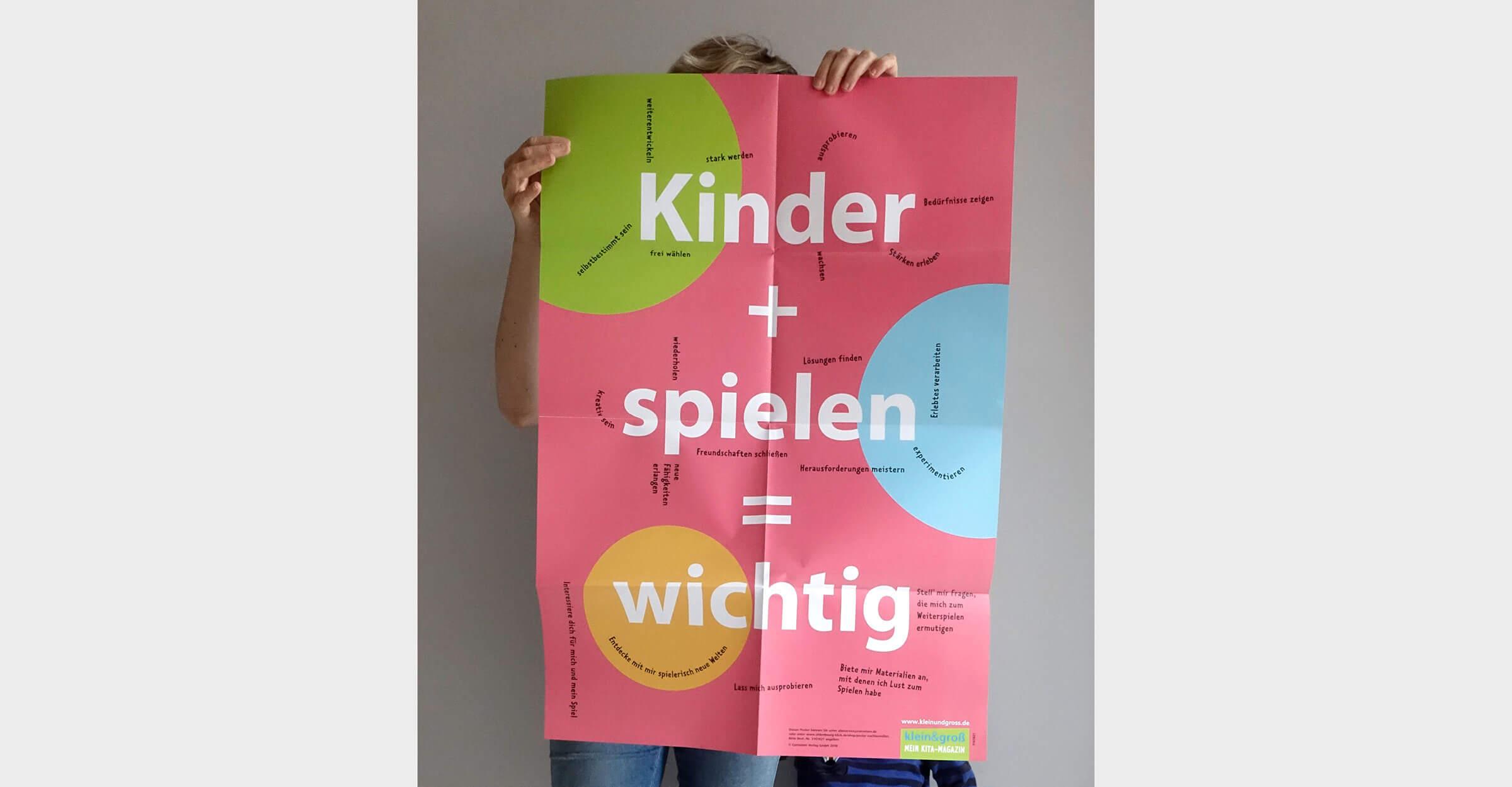 klein und groß Plakat