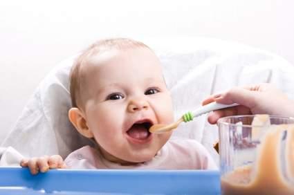 Las primeras comidas del bebé | Planeta Mamá
