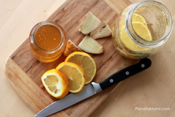 Lămâie, ghimbir și miere {sirop natural pentru imunitate}