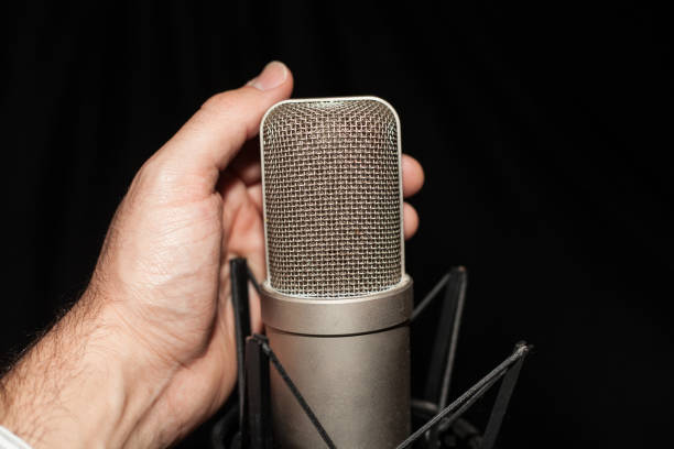 istockphoto 1247050243 612x612 1 - Comparing Different Types of Microphones