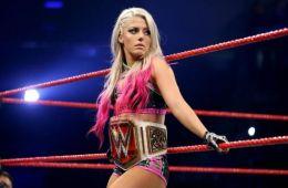 Alexa Bliss Hulk Hogan