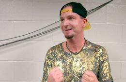 James Ellsworth comenta sobre la locura de aparecer en Bound for Glory y Smackdown 1000 en la misma semana