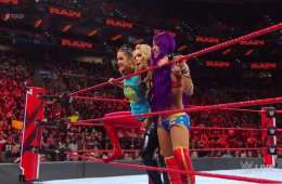 Sasha Banks hace su regreso en Monday Night Raw