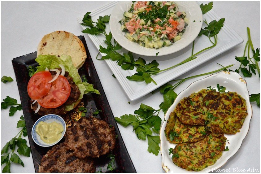Cooking with Wafu (Recipes: Burgers & Smoked Salmon Salad)