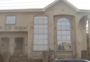 4 BedRoom Duplex with 2 Parlours is for sale in a choice estate in Lokogoma, Abuja.