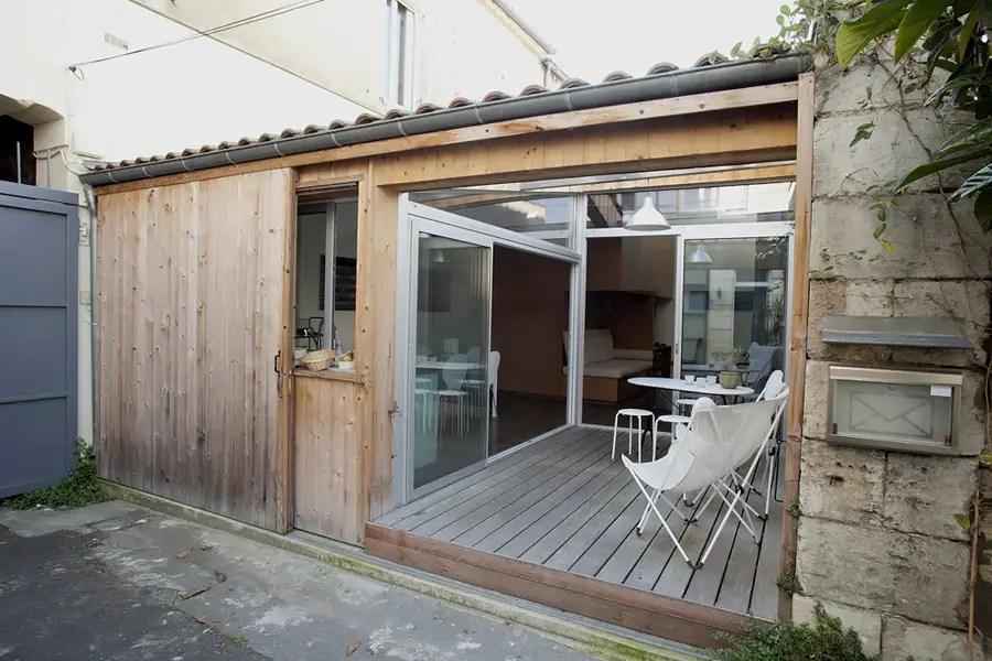 un garage transform en mini loft bordeaux planete deco a homes world. Black Bedroom Furniture Sets. Home Design Ideas