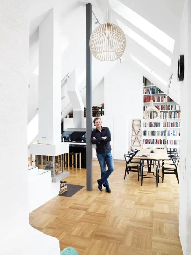 vivre et travailler dans un loft sous les toits planete deco a homes world. Black Bedroom Furniture Sets. Home Design Ideas