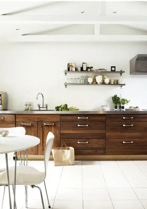 Question de style le bois dans la cuisine planete deco for Planete cuisine
