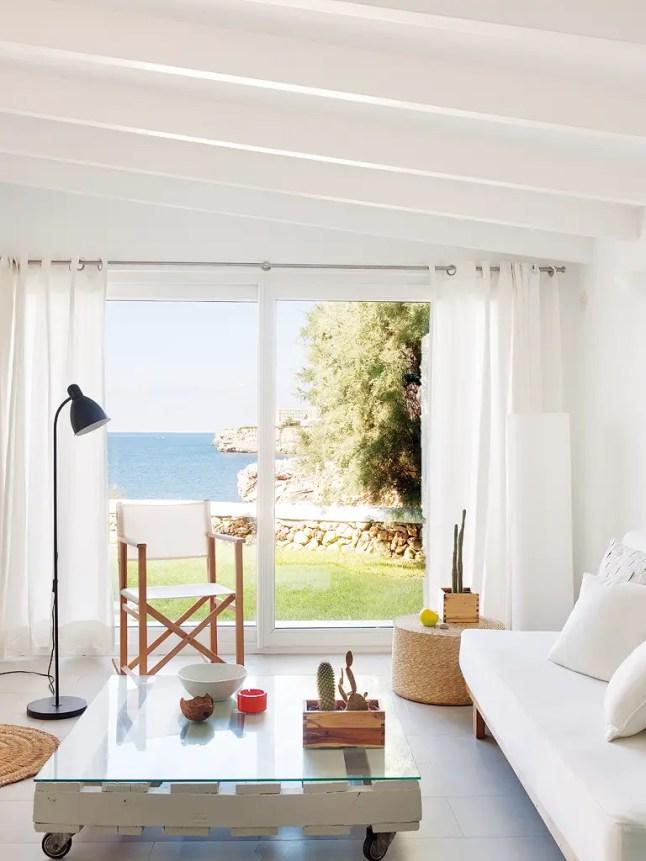 une parfaite maison de vacances planete deco a homes world. Black Bedroom Furniture Sets. Home Design Ideas