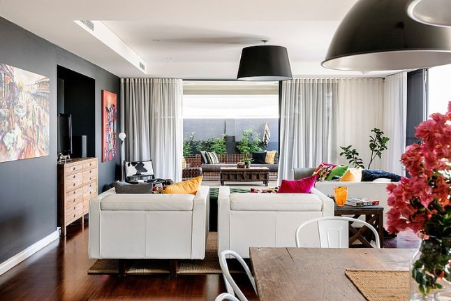 un int rieur color et industriel en australie planete deco a homes world. Black Bedroom Furniture Sets. Home Design Ideas