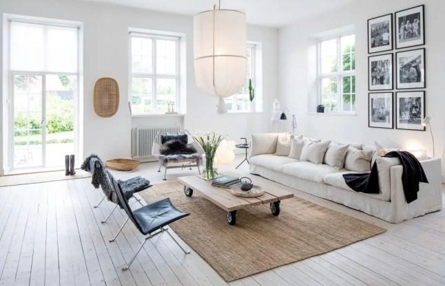 la reconversion d 39 une ancienne chapelle planete deco a homes world. Black Bedroom Furniture Sets. Home Design Ideas