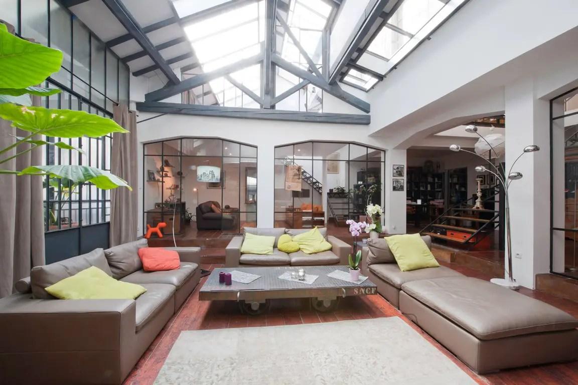 un loft dans un ancien atelier de photographe planete deco a homes world. Black Bedroom Furniture Sets. Home Design Ideas