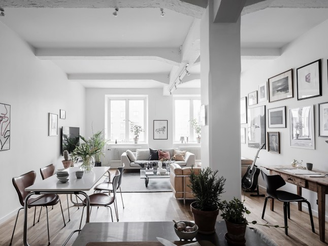 Un appartement design dans une ancienne usine planete for Deco appartement usine