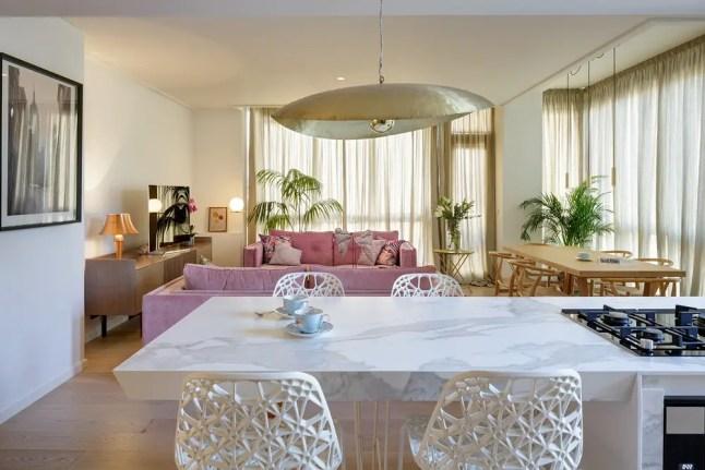 Un appartement avec vue sur une palmeraie