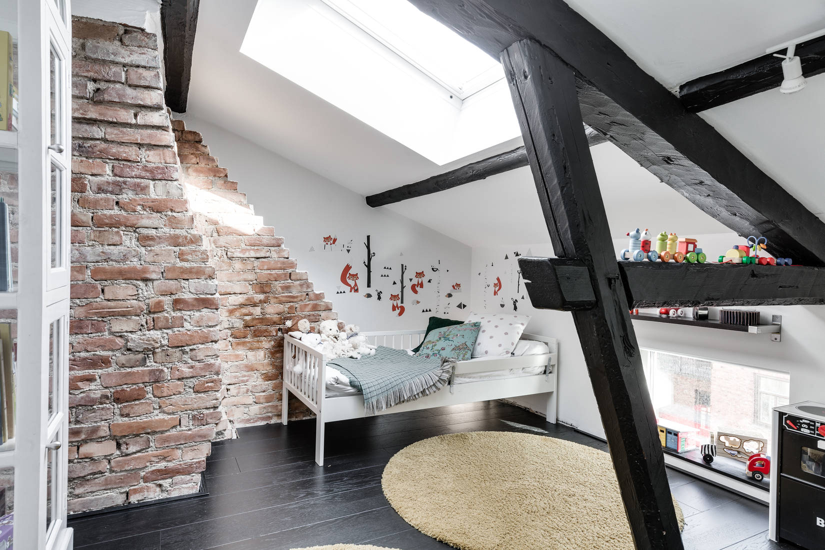 Un loft avec terrasse planete deco a homes world for Loft terrasse