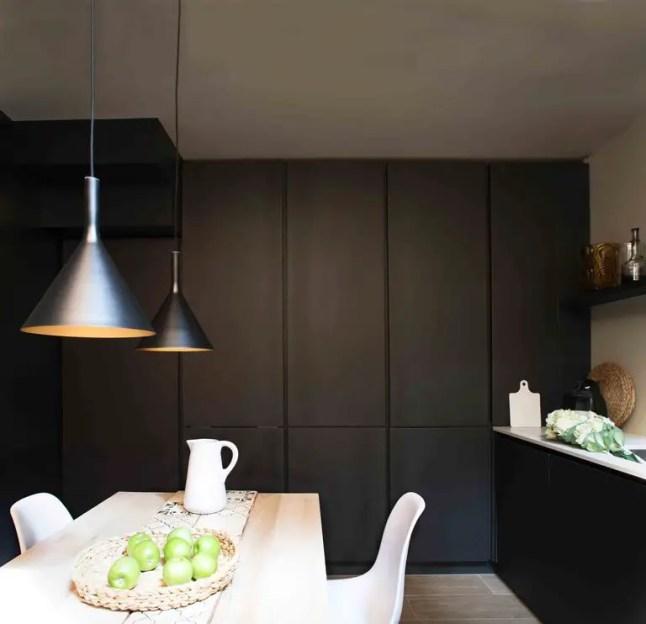 Une mini maison anglo italienne planete deco a homes world - Deco italienne maison ...