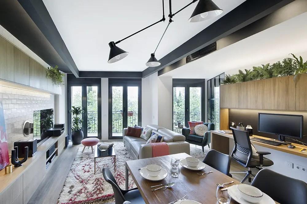Design loft dans un appartement espagnol planete deco a homes world