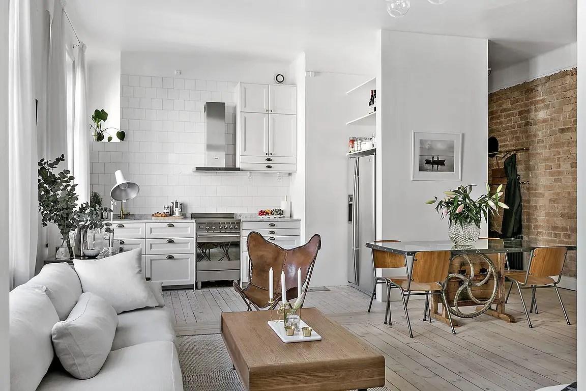 appartement en blanc et bois