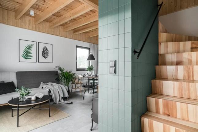 Découvrez Cette Parfaite Petite Maison En Bois De 38m2 Au Sol Près Des Plages De La Baltique