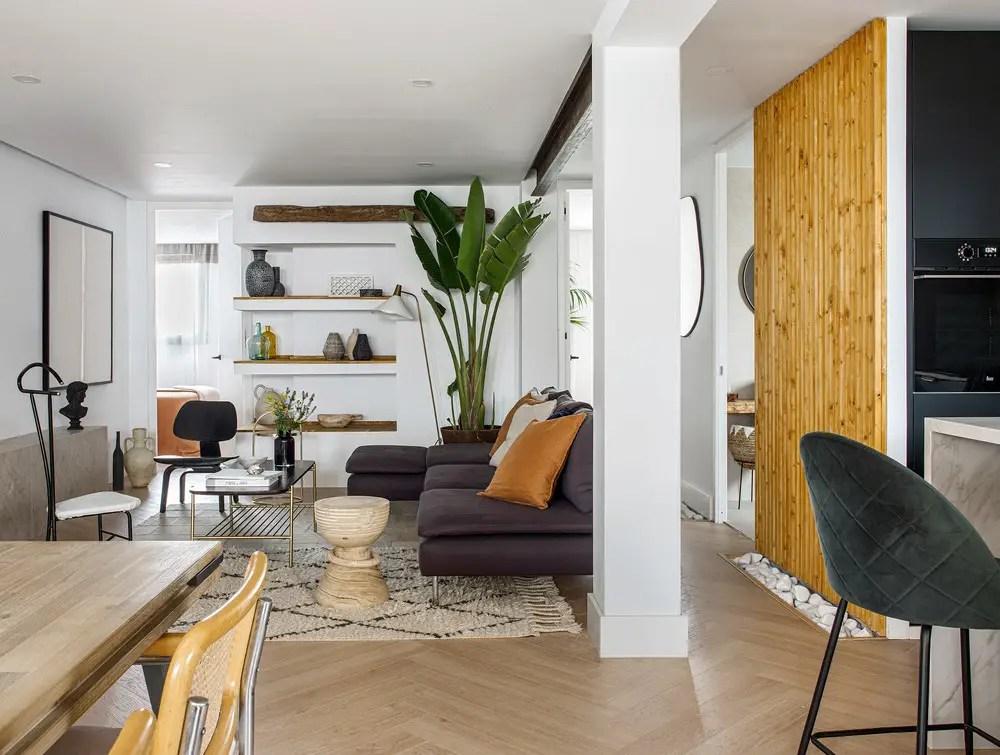 Cette maison est un exemple de rénovation minimaliste mais chaleureuse