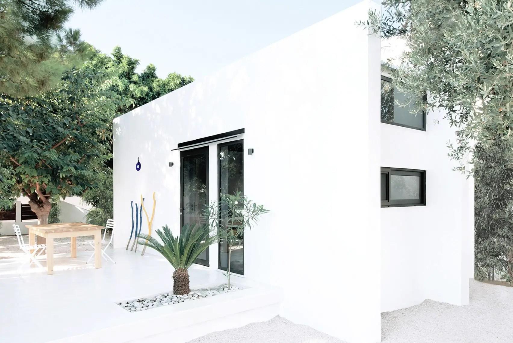 Cette mini maison cube préfabriquée de 27m2 se loue ou s'achète pour 40.000 € - PLANETE DECO a homes world