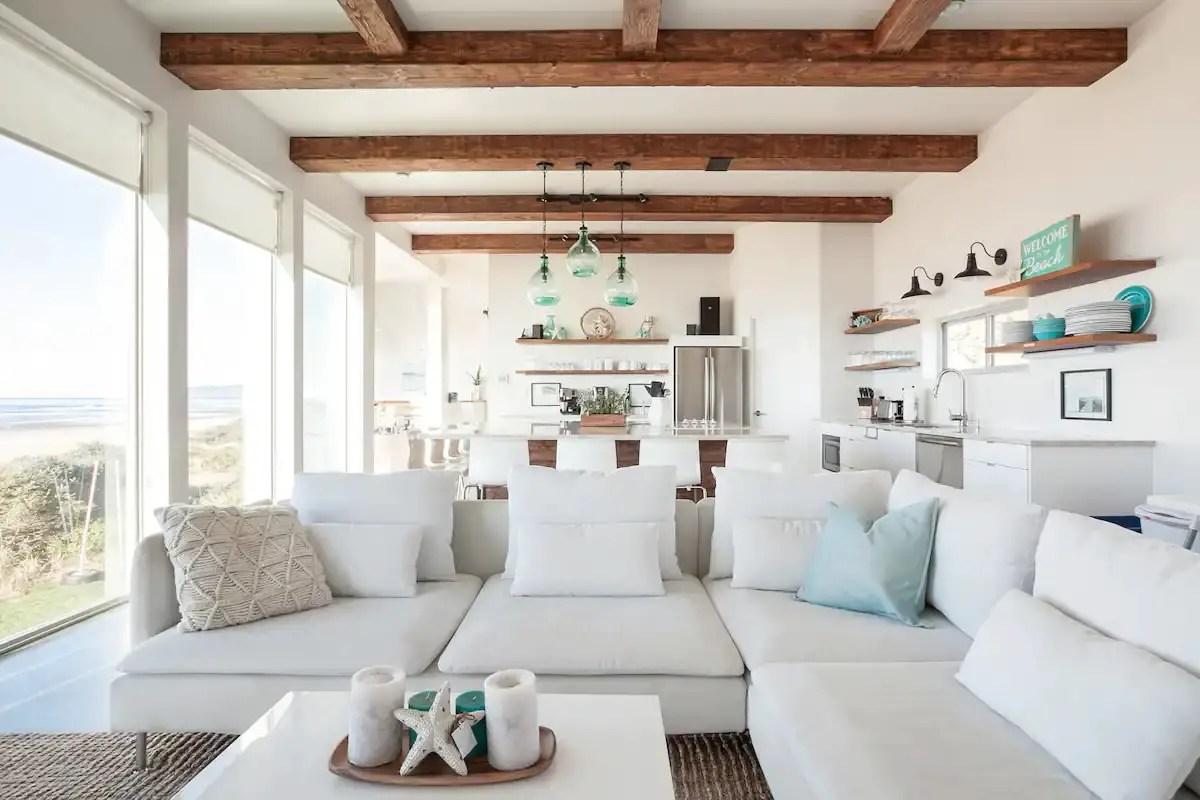 Une maison contemporaine au bord de l'océan - PLANETE DECO a homes world