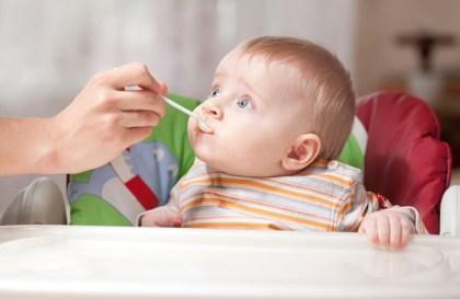 Comment choisir la nourriture pour bébé la plus saine ?