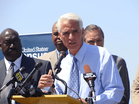 Charlie Crist, a former Republican, is challenging Scott on a pro-environmental platform.