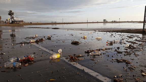 Plastic debris litters the shore in Santa Monica following the first rain of the season (Source: Benjamin Kay)