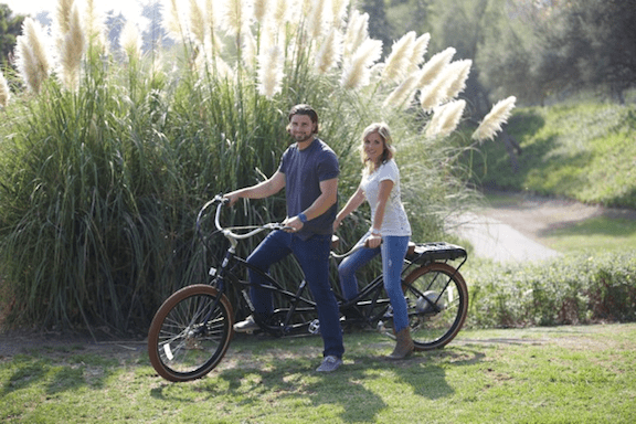 The Pedego tandem bike, featuring brown-walled tires (Image: Pedego)