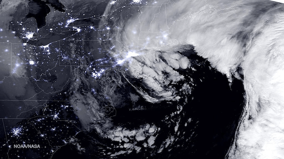 "Combined day-night band and high resolution infrared imagery from the NASA-NOAA's Suomi NPP satellite 26 January 2015 nor'easter, dubbed ""Winter Storm Juno."" Image Credit: NASA/NOAA"