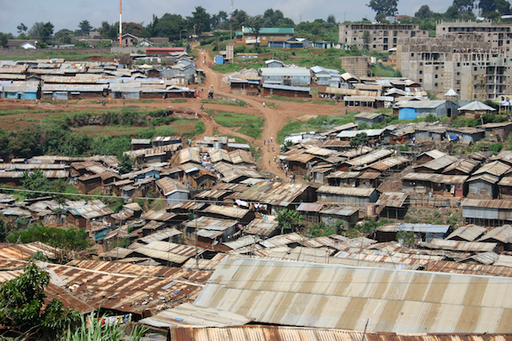 Kibera rooftops and streets. (Image Credit: genvessel / WikiMedia Commons)