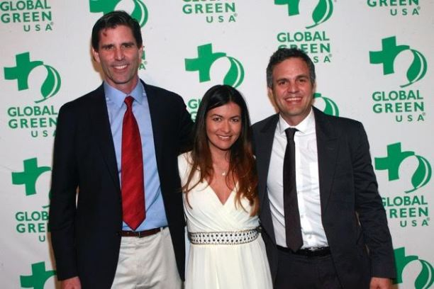Mark Jacobson, Leilani Munter , Mark Ruffalo. The Marks are co-founders of The Solutions Project.