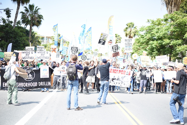 Break Free LA march through downtown. (Photo Credit: Jed Wolf)