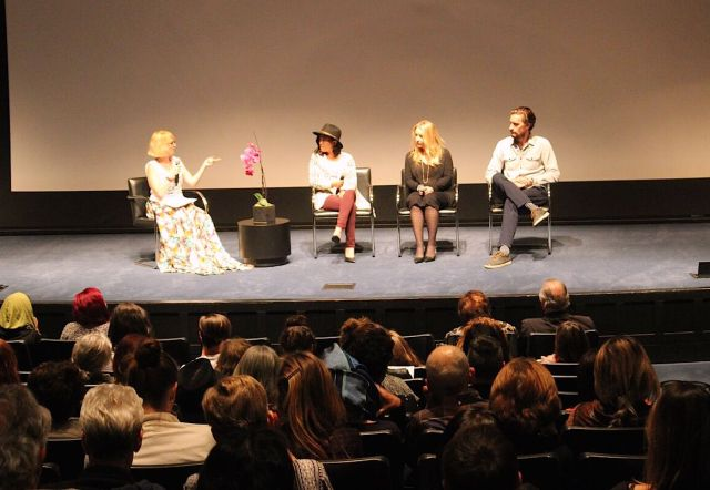 Taryn Hipwell (left) moderates a panel of sustainable fashion experts. (Photo: Eliza Krpoyan)