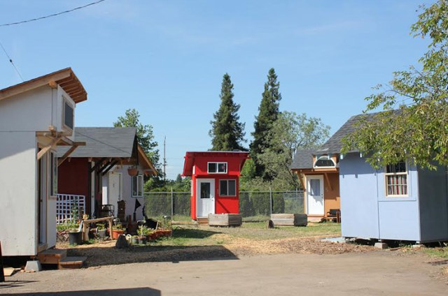 Residents pay 30 US dollars per month to live in Opportunity Village. (© SquareOne Villages)