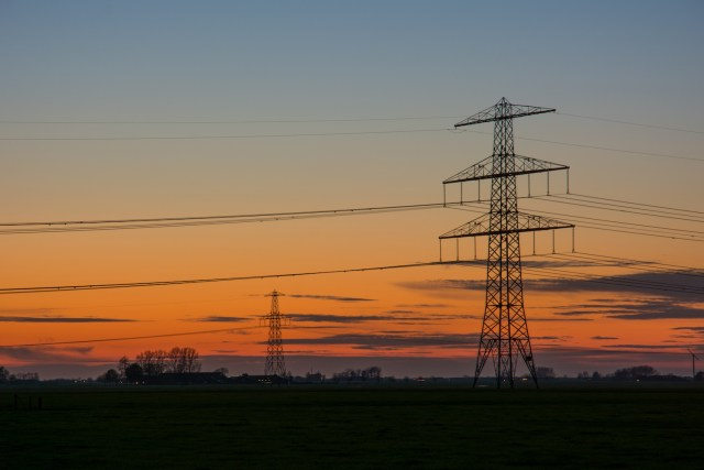 Transmission lines. (Photo Credit: Pexels)