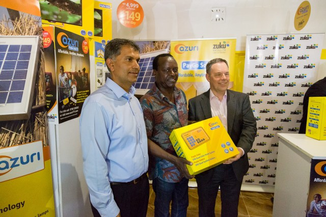 Zuku CEO Jay Chudasama (L) with Senator Lenny Kivuti of Embu County (C) and CEO Simon Bransfield-Garth (R). (Photo courtesy of Azuri)