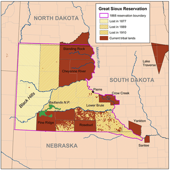 Map comparing the boundaries of the Great Sioux Reservation of 1868 and Sioux tribal lands of today. (Photo: Wikimedia Commons)